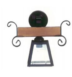 aplique rústico de forja y madera