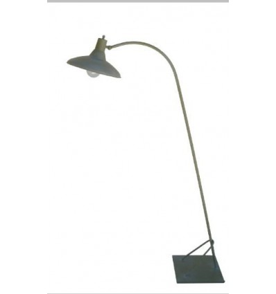 lampara de pie de forja taller