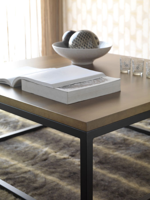 Mesas con mucho encanto 13 ideas para combinar hierro y madera - Mesa centro madera y hierro ...
