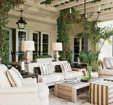 L mparas de forja para patios r sticos forja hispalense blog for Lamparas de exterior para terrazas