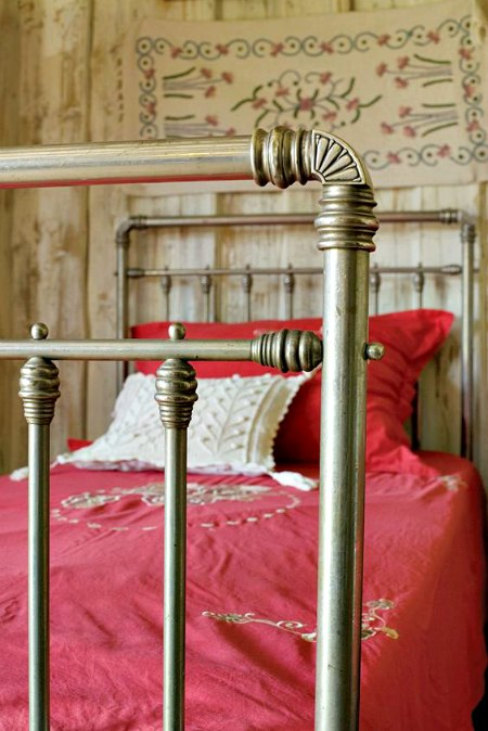 Ideas para decorar dormitorios r sticos forja hispalense - Habitaciones de forja ...