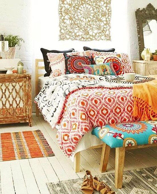 Banquetas para dormitorio: 5 ideas para decorar - Forja Blog