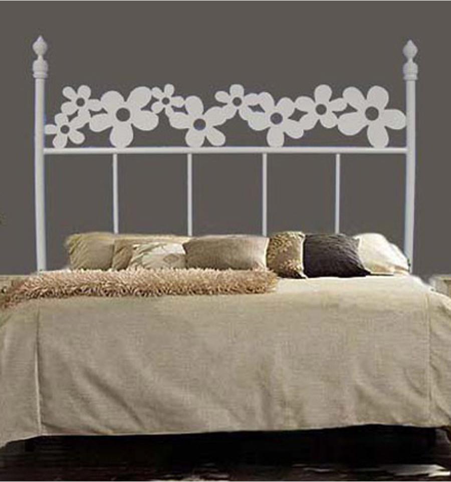 Cabeceros originales: ¿Cómo decorar una cama matrimonio?