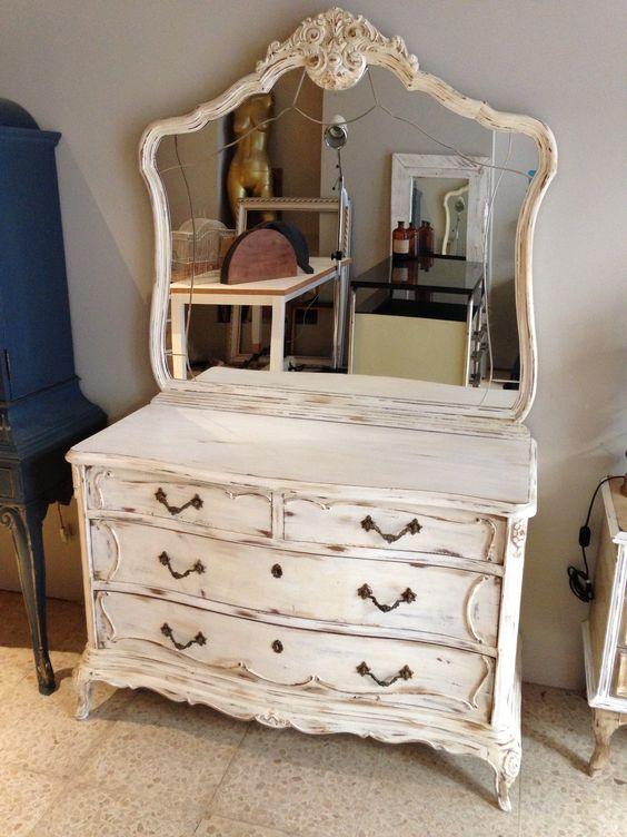 Muebles recibidor el aliado perfecto para entrar en casa for Muebles antiguos vintage
